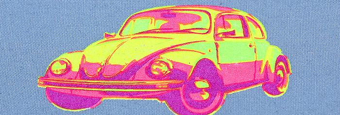 печать на футболках флуоресцентными красками, эфект свечения краски при шелкотрафаретной печати на футболках.