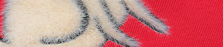 эффект шелкотрафаретной печати Длинношерстный флок, имитация шерсти с помощью шелкотрафаретной печати.